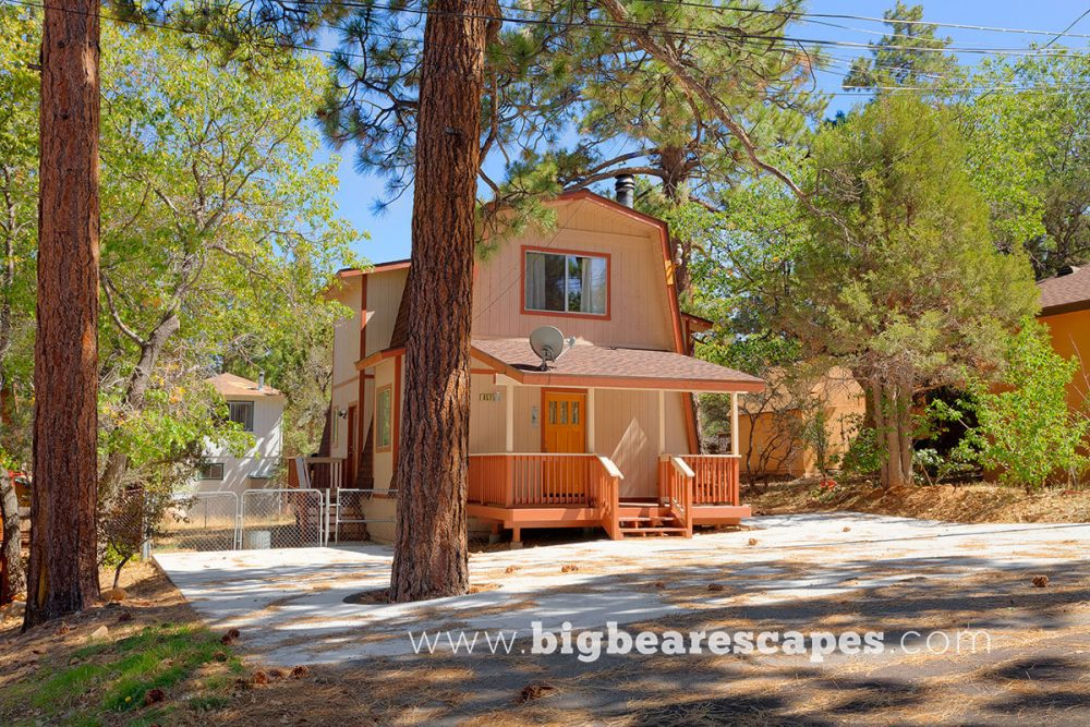 BBE SugarbearChalet1 Cabin 00